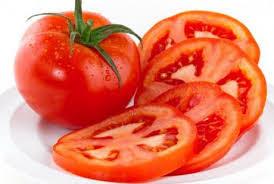 mặt nạ trị nám da mặt bằng cà chua