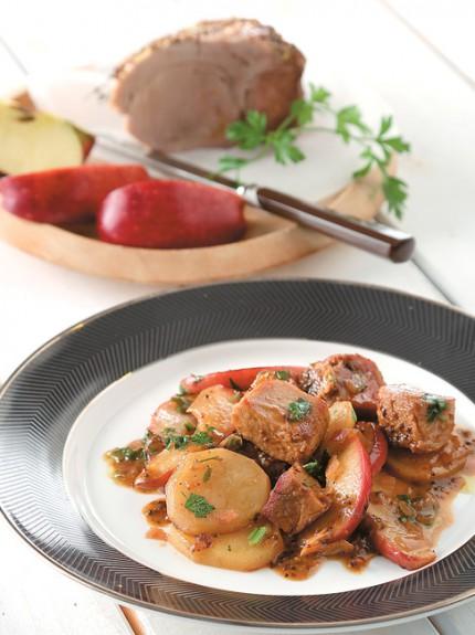 Η συνταγή της εβδομάδας: Χοιρινό κατσαρόλας με πατάτες και μήλα