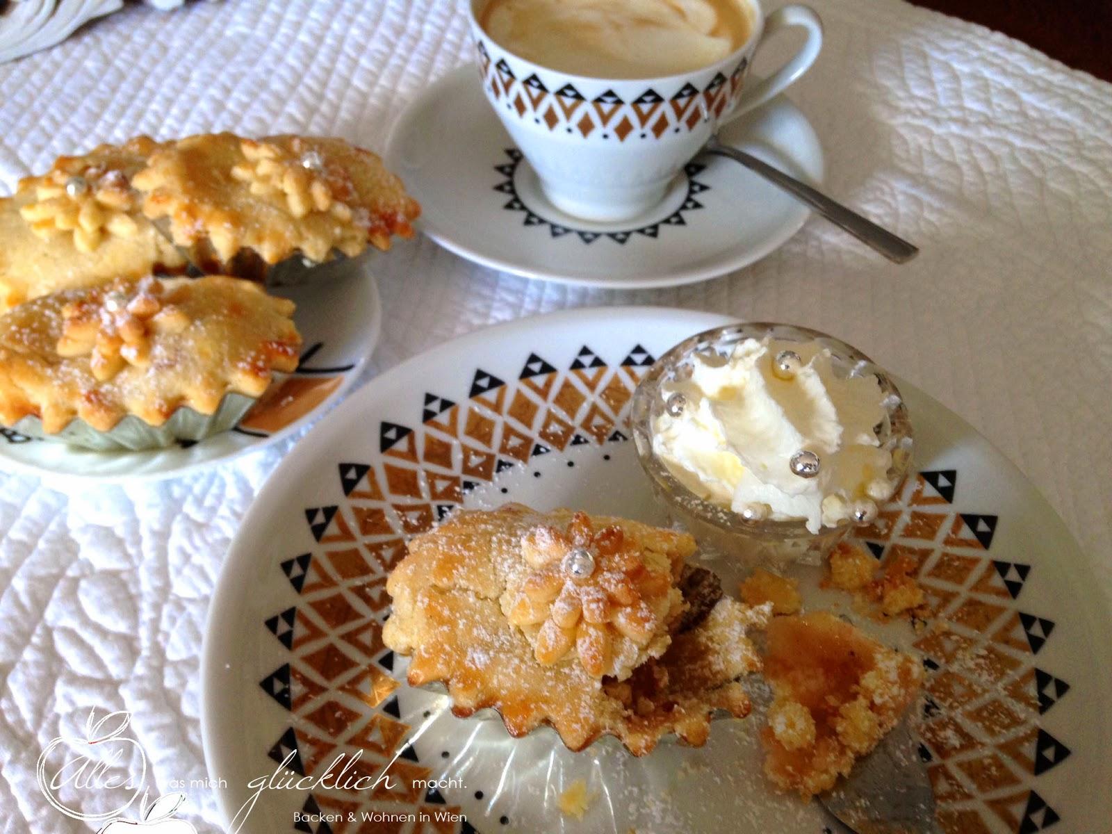 Apfel Birnen Cranberry Pies