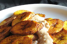 Sweet Fried Plantains and Coconut-Peanut Butter Sauce