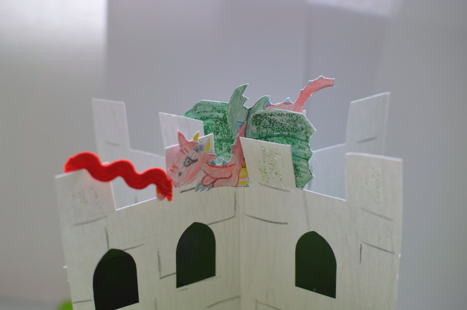 , Craft:  Make a Card Castle Play Scene with Dragon, Knight and Princess