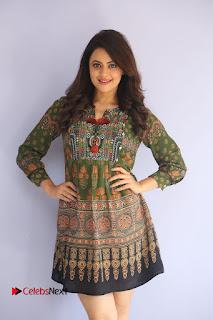 Actress Shruti Sodhi Pictures at Meelo Evaru Koteeswarudu Trailer Launch  0016.JPG
