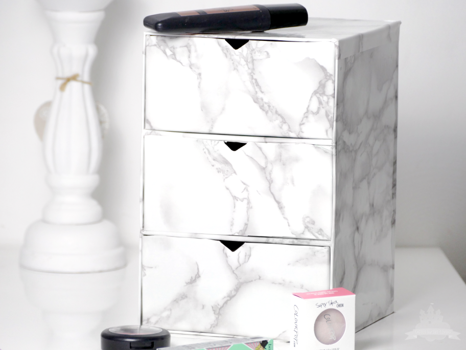 DIY Kosmetikaufbewahrung aus Douglas Box