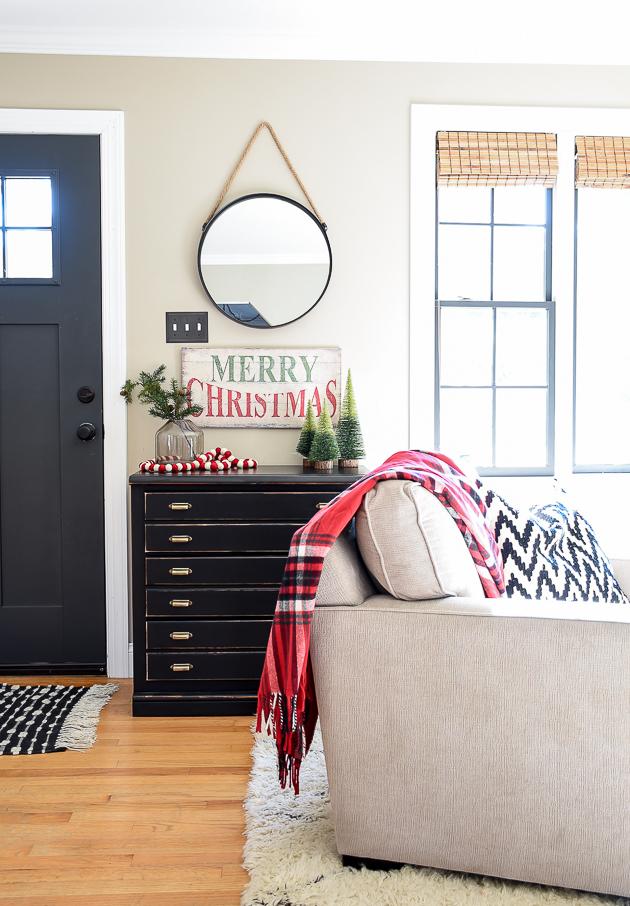 Christmas decor, Christmas, Living room, Holiday home, Classic Christmas decor