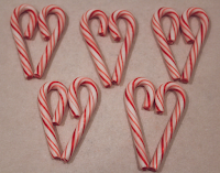 Candy Cane Hearts from Bake Chocolate Cake Blog