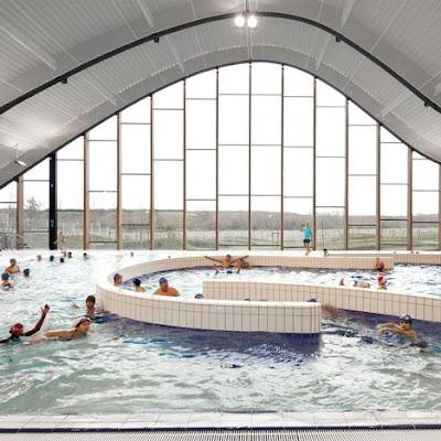 Ville hybride mantes la jolie la piscine ondule for Pool design center