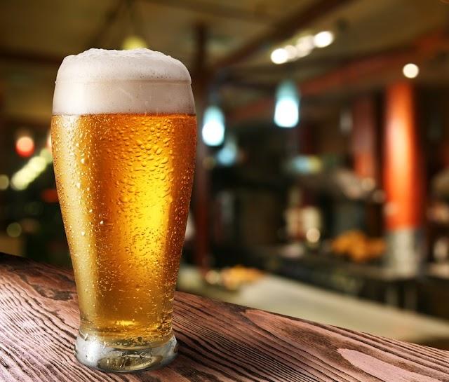 Cerveja pode ajudar a fortalecer os ossos, diz estudo