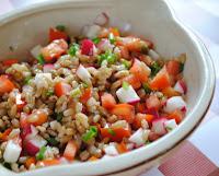 Salada de Cevadinha, com Tomate e Rabanete (vegana)
