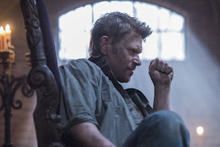 "Mark Pellegrino as Lucifer in Supernatural 12x15 ""Somewhere Between Heaven and Hell"""