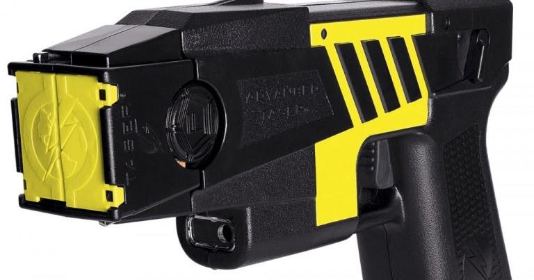 Espa o militar projeto autoriza uso de arma de choque for Uso e porte de arma