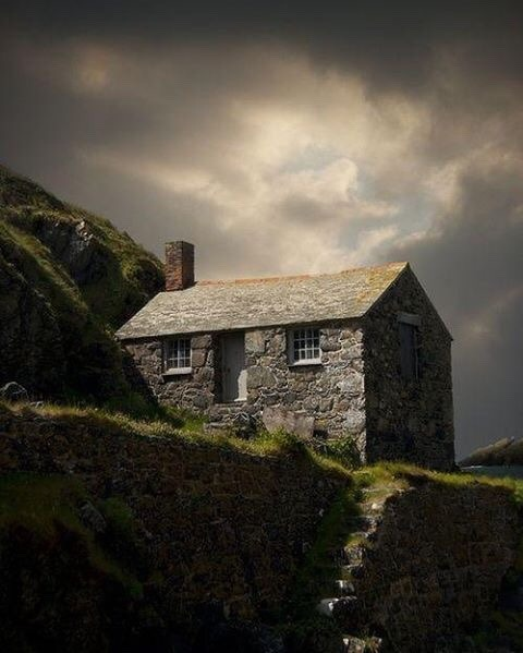 I Adore This Photo And Would Love To Know More About Tiny Scottish Highlands Cottage With Its Stone Steps Steep Walls