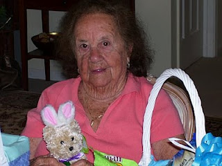 Dotty and the Easter Bunny | Alzheimer's Reading Room