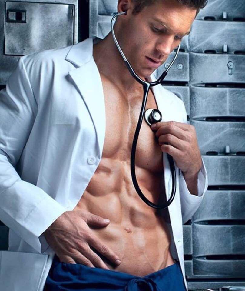 Доктор фото еротичски
