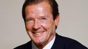 """Former """"James Bond"""" Sir Roger Moore Dies At 89"""