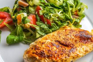 الأطعمة التي تبني العضلات - صدور الدجاج