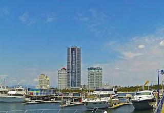 Meriton Serviced Apartments Aqua Street, Southport QLD