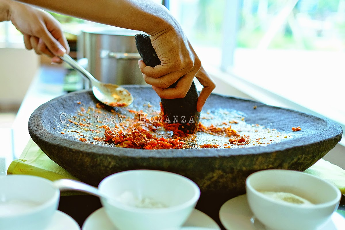 Making traditional sambal