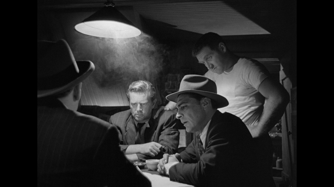 "an analysis of the unique features of film noir Laura: noir of identity and what preminger described as a ""gimmick"" solidified the film's place in the noir tradition laura his interrogation is unique."