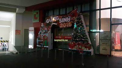 Trang trí noel (Giáng sinh), Tết cao ốc tòa nhà, trung tâm thương mại