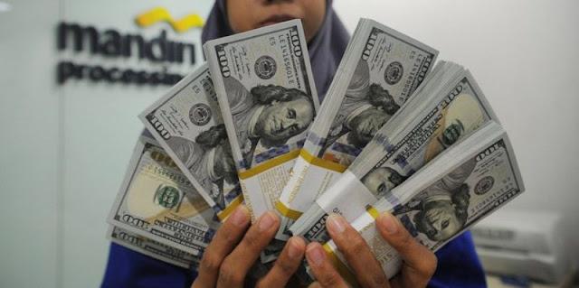 Jumat Sore, Rupiah Kembali Menguat Capai Rp14.544 Per Dolar AS
