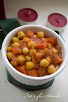 (Ciecierzyca w sosie pomidorowym z papryką