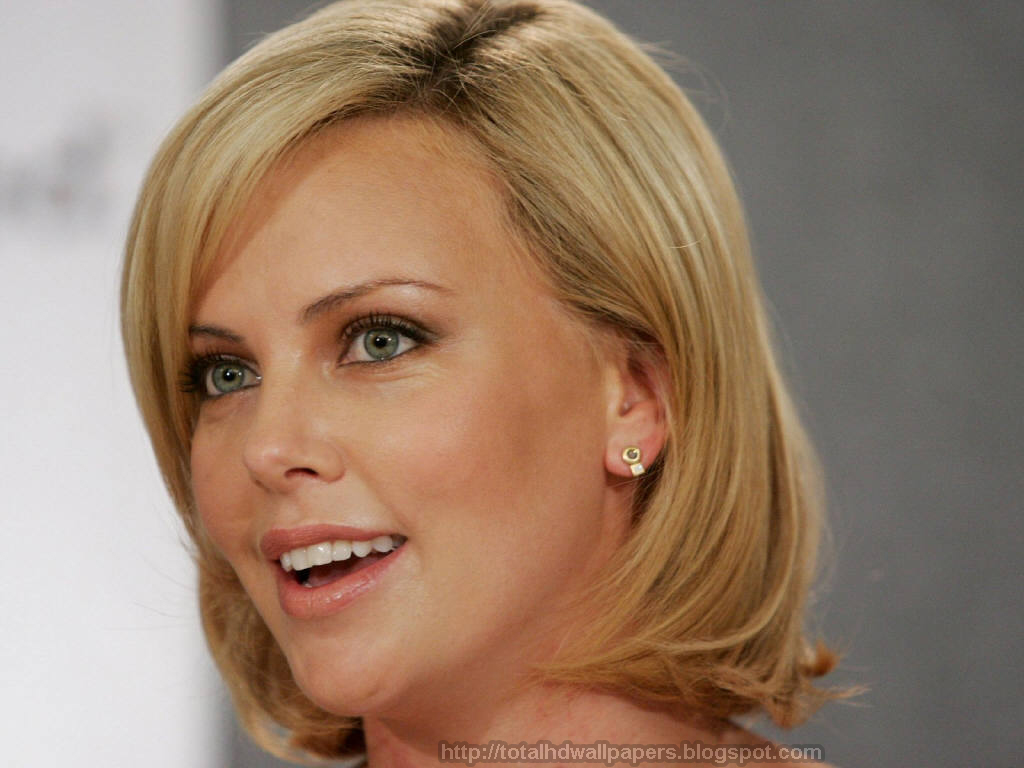 Actresses Hd Wallpapers Charlize Theron Hd Wallpapers-8218