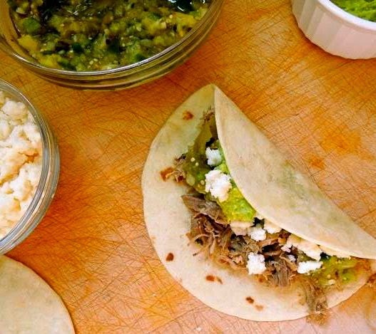 Slow Cooker Beef Barbacoa Tacos With Tomatillo Salsa: The Briny Lemon: Slow-Cooker Carnitas With Roasted