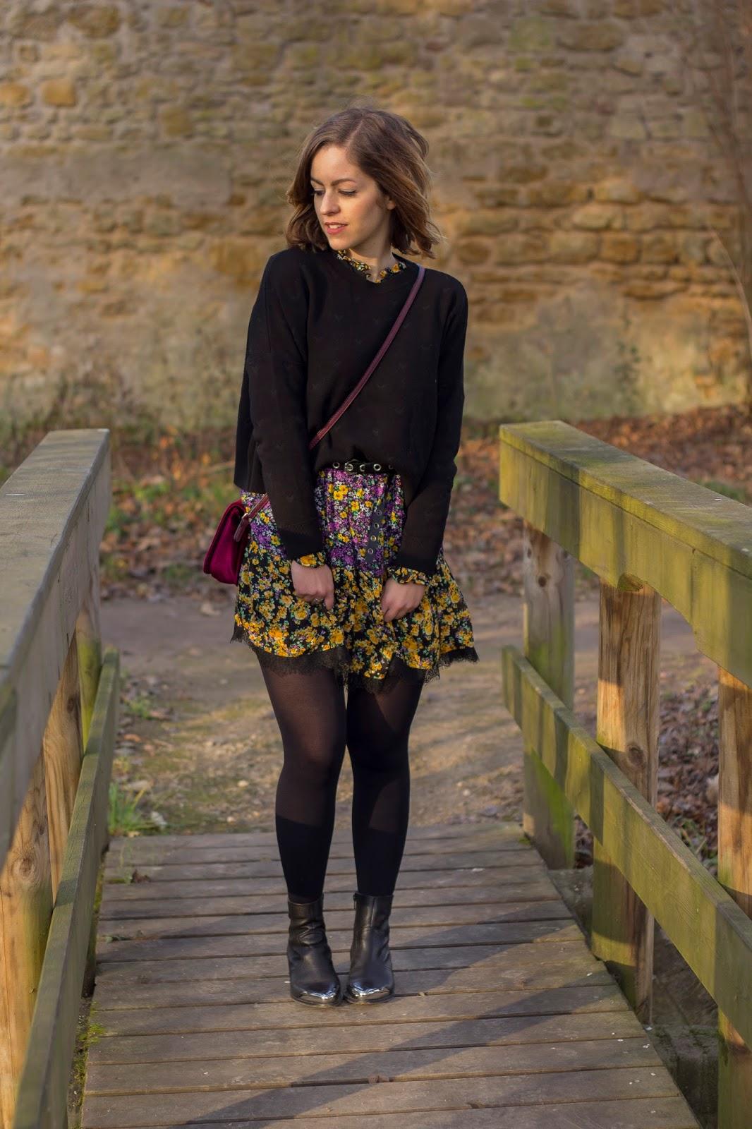 Comment Porter Une Robe Fleurie En Hiver Des Vetements Elegants