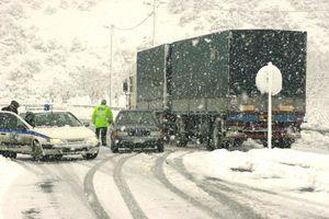 Προσωρινή απαγόρευση κυκλοφορίας φορτηγών σε δρόμους της Χαλκιδικής
