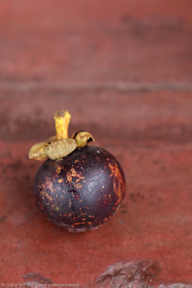 mangostan, egzotyczny owoc Sri Lanki