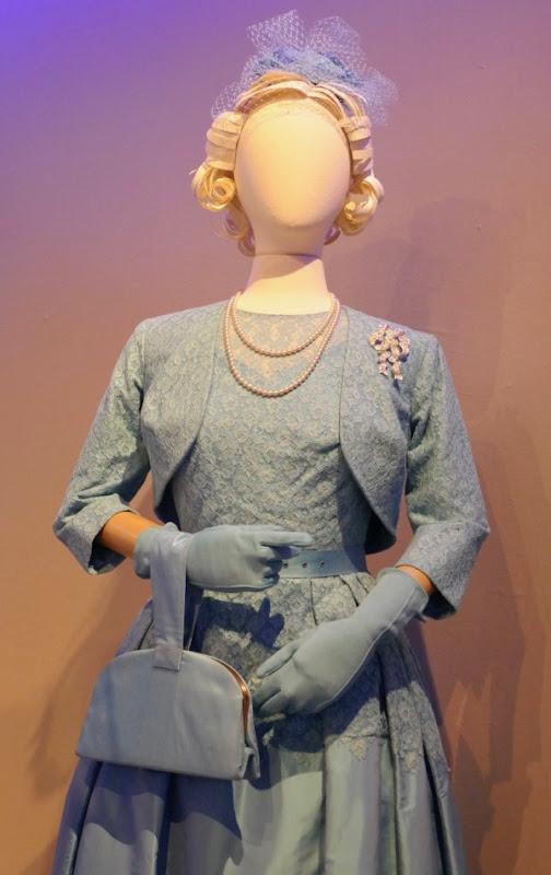Crown Queen Elizabeth II season 2 costume