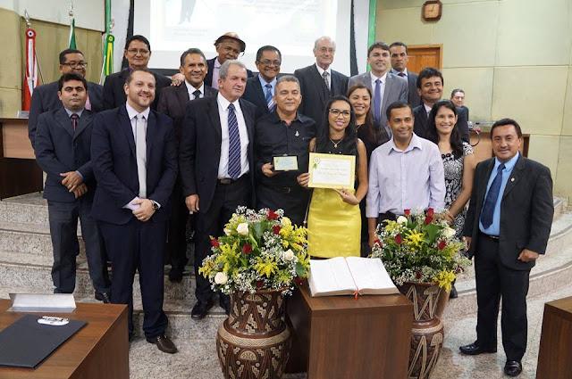 CÂMARA MUNICIPAL DE MARABÁ REALIZA SESSÃO SOLENE DO DIA DA BÍBLIA E ENTREGA COMENDAS