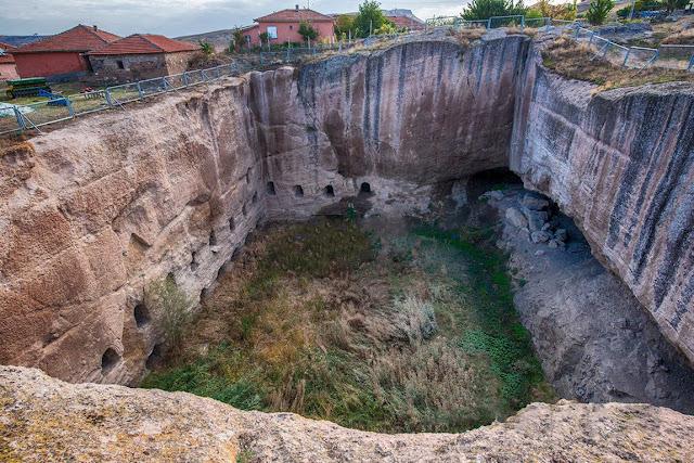Dulkadirli Yeraltı Şehri Kırşehir