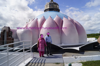 hindu, intercultural, marriage, India, LOTUS temple,