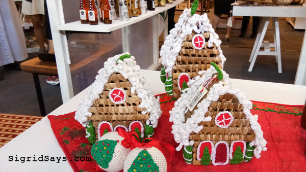 Vivo handicrafts Christmas Village - Negros Showroom