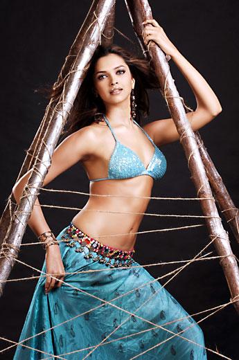 Sexy Video von Deepika Padukone