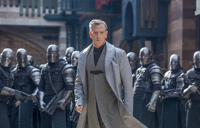 Robin Hood 2018 movie still Ben Mendelsohn