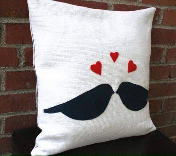Ideas para decorar cojines con corazones - Decoracion cojines ...