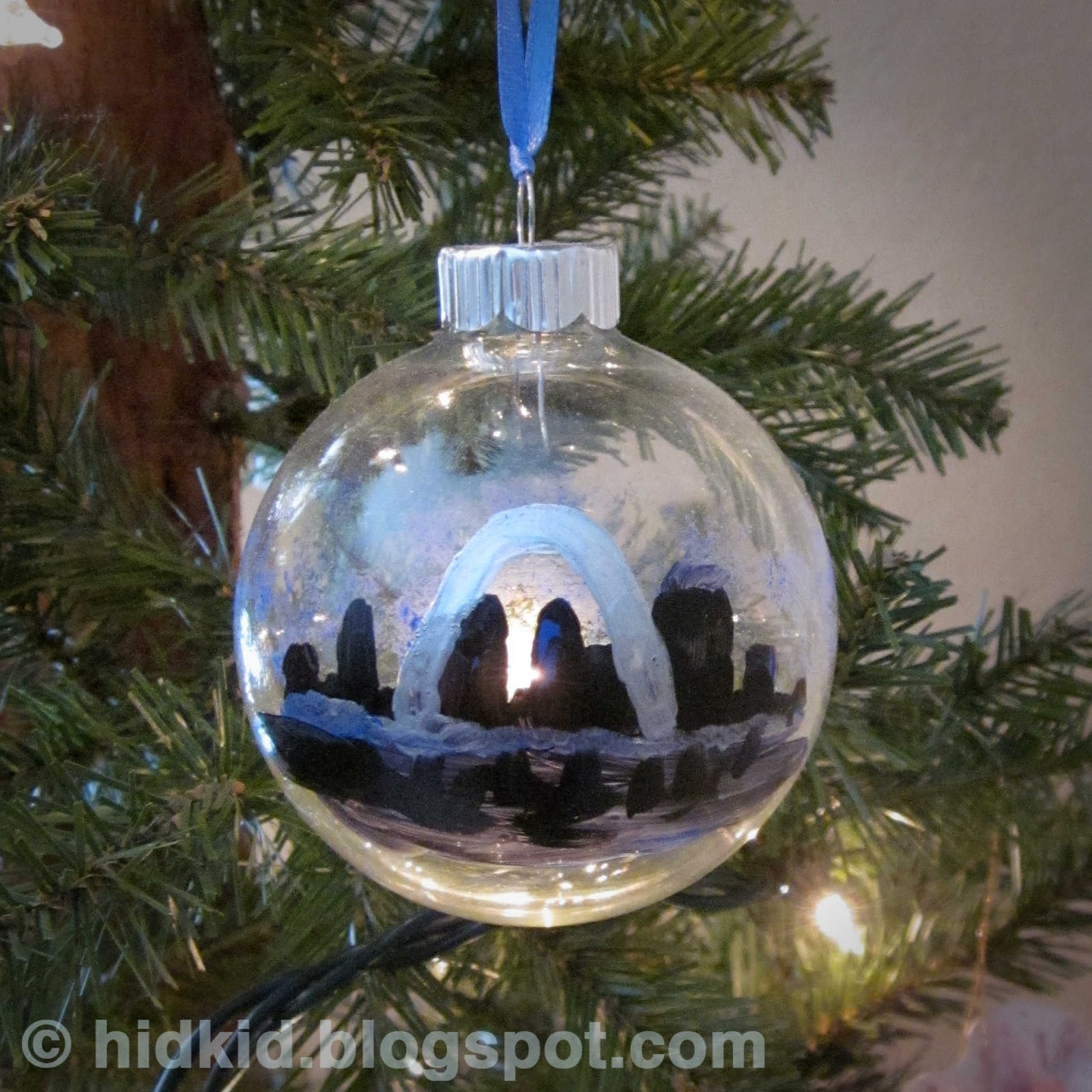 Craftimism: Hand Painted Glass Ornaments