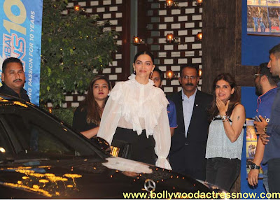 Bollywood Star Deepika Padukone at  party with the Mumbai Indians 10