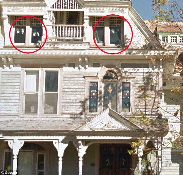 Google zabiljezio duhove na prozoru, vlasnici napustali kuću.