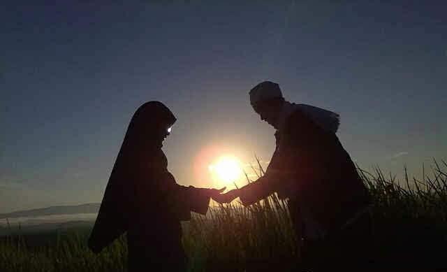 Ingin Punya Suami yang Setia? Kenali Dulu Lewat 10 Tandanya Ini