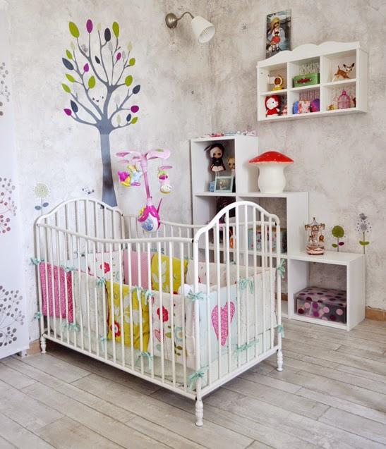 Dormitorio bebé niña