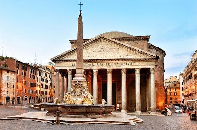 Piazza della Rotonda em Roma na Itália