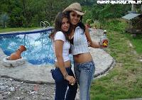 2 amigas lesbianas amateur en accion