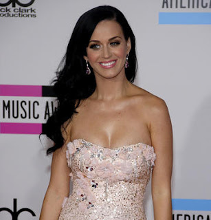 Katy Perry Opens Up About Going to Therapy Celebrity Celebrity Fashion Celebrity Fitness Celebrity Weight Loss Celebrity Workout