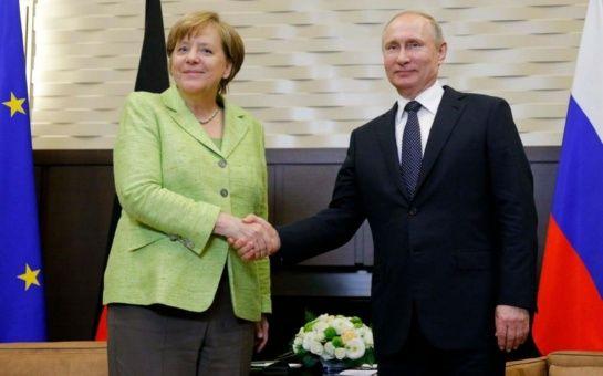 Putin y Merkel mantienen compromiso con pacto nuclear con Irán