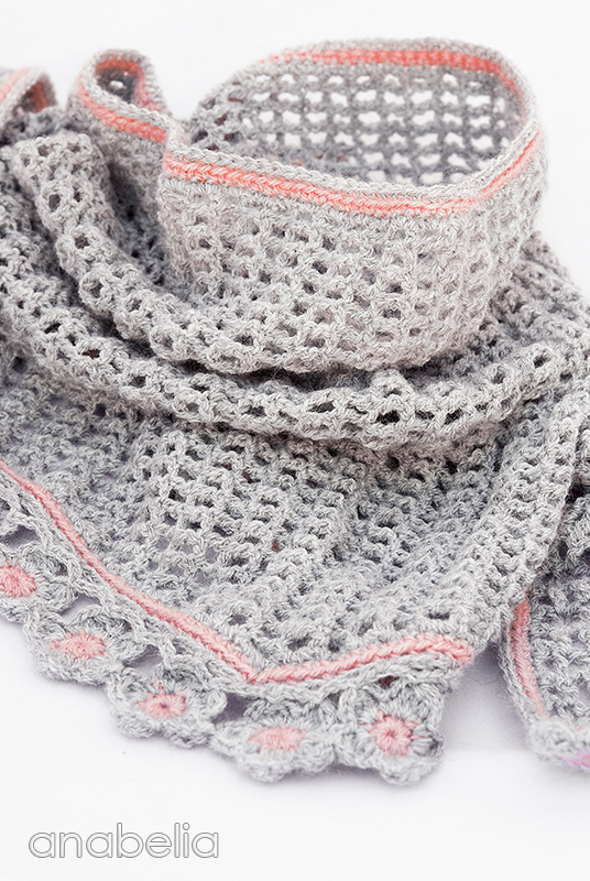 Anabelia craft design: Helena crochet scarf with flowers edging, pattern