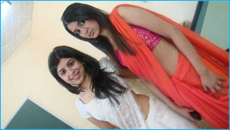 Simple Girl Wallpaper Pakistani What You Want Local Indian Girls