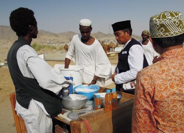 Meski Menjijikkan, Ternyata Air `Kencing Unta` ini Manfaatnya Sangat Mujarab Sejak Jaman Nabi